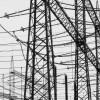 Um elektrische Leitungen existieren elektrische und magnetische Felder.