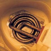 Kesselstein entsteht beim Erwärmen von Hydrogencarbonat-Ionen-haltigem Wasser.