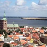 Die Altstadt von Stralsund wurde zusammen mit der von Wismar zum Weltkulturerbe erklärt.