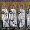 """Meister von San Apollinare Nuovo in Ravenna: """"Der Zug der Hl. Märtyrer"""";vor 526, Mosaik;Ravenna, San Apollinare Nuovo."""