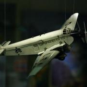 Modell einer Ju-52. Die Ju-52 wird auch heute noch für Touristenflüge über Berlin und seiner Umgebung genutzt.