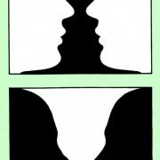 Das Bild oben zeigt eine schwarze Vase vor einem weißen Hintergrund. Es könnten aber auch zwei weiße Gesichter vor einem schwarzen Hintergrund sein. Im Bild unten ist es umgekehrt.