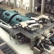 Turbine und Generator in einem Kraftwerk
