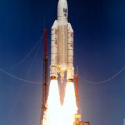 Die Ariane-Rakete wurde im Rahmen der Internationalen Raumfahrt-Agentur entwickelt, an der auch die Bundesrepublik Deutschland maßgeblich beteiligt ist.