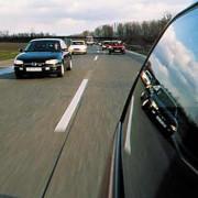 Beim Autofahren bleibt die Gesamtenergie gleich groß.