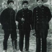 In Sewastopol war KURTSCHATOW (im Bild rechts) 1940 bei der Entschärfung von Magnetminen und der Entmagnetisierung von Schiffen eingesetzt.