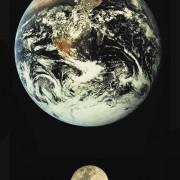 Erde und Mond im Größenvergleich