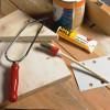 Klebstoffe sind auch beim Basteln und Reparieren nicht mehr wegzudenken.